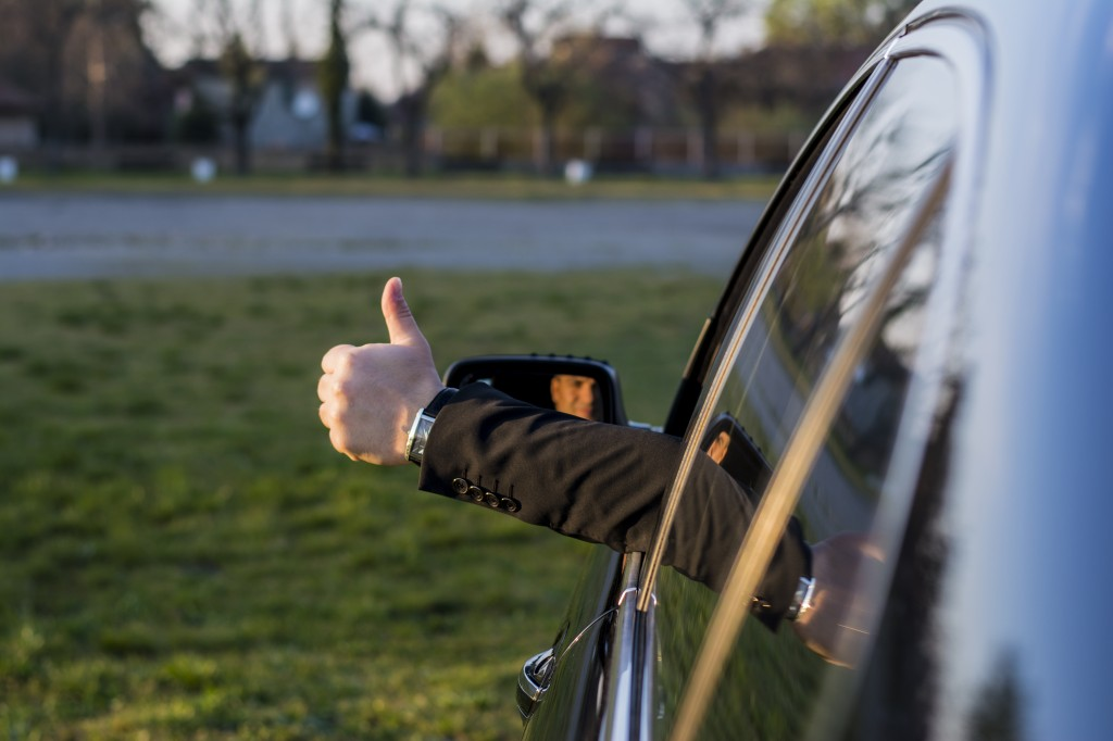 DC Limo Etiquette: Look Good in a Limo