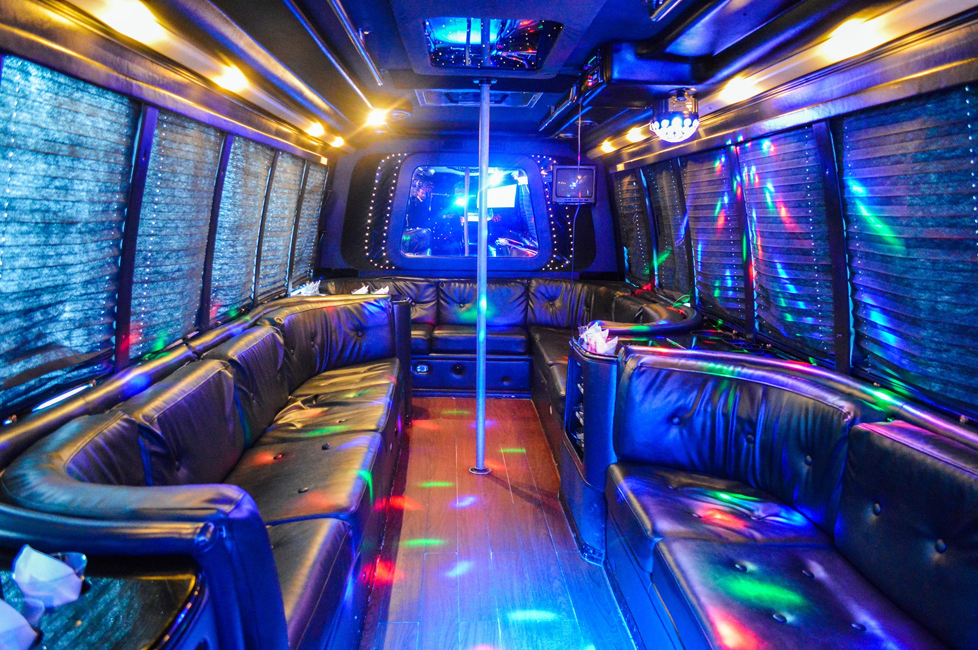 22 Pax Party Bus Int Nationwidecar