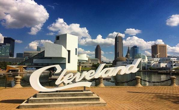 Cleveland Party Bus Rentals